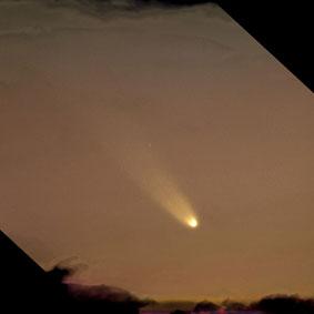 kometa_C_2006_P1_na_nebe-2